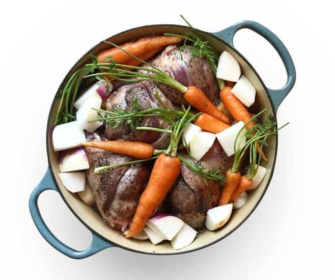 blue pot, enamel cookware, vegetable soup, vegetable stew, carrots, winter, in season