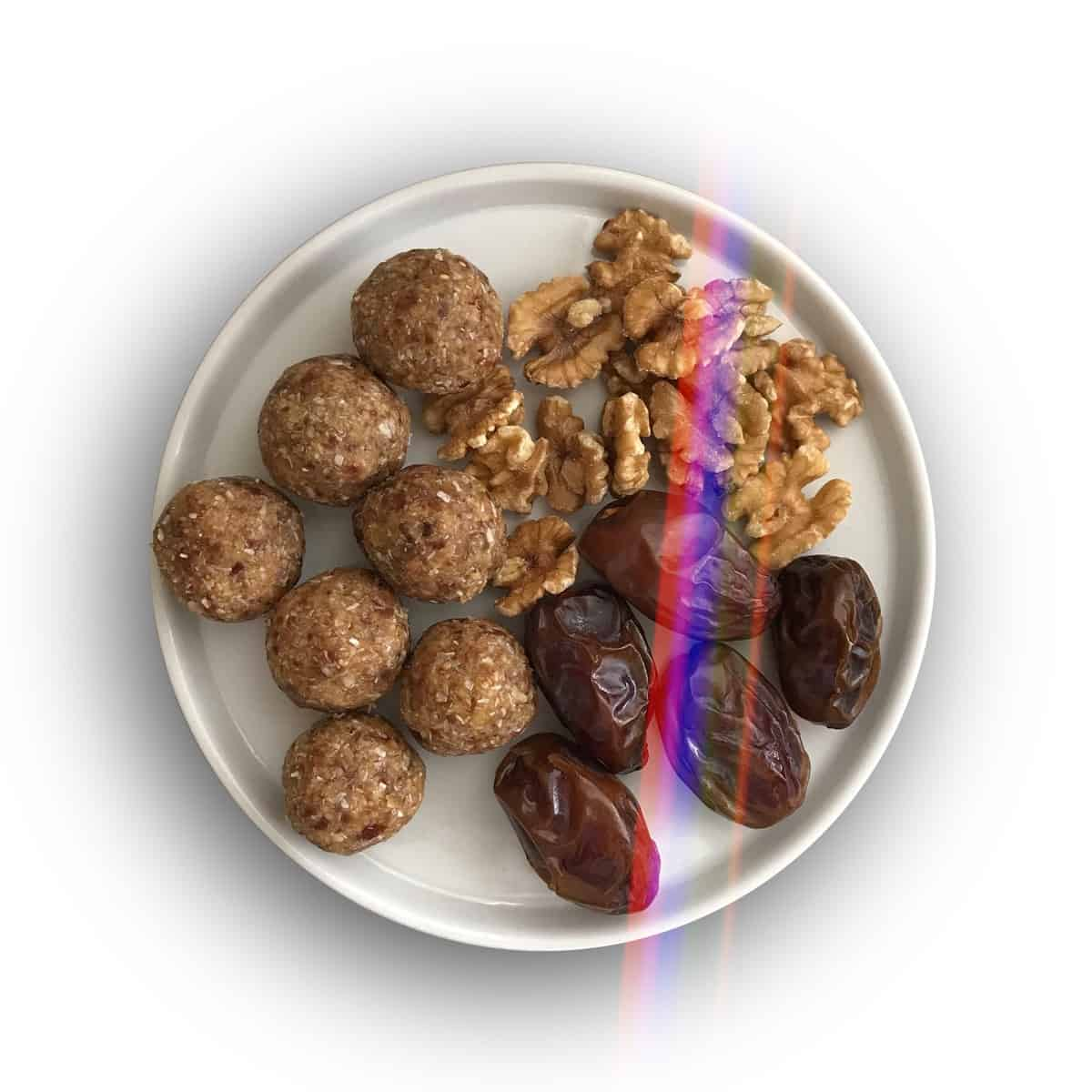 Walnut Date Energy Bites
